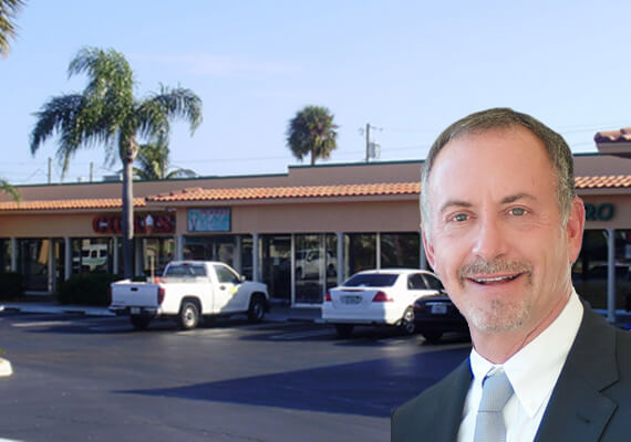 Redfearn Capital buys Tequesta shopping center for $12.5M