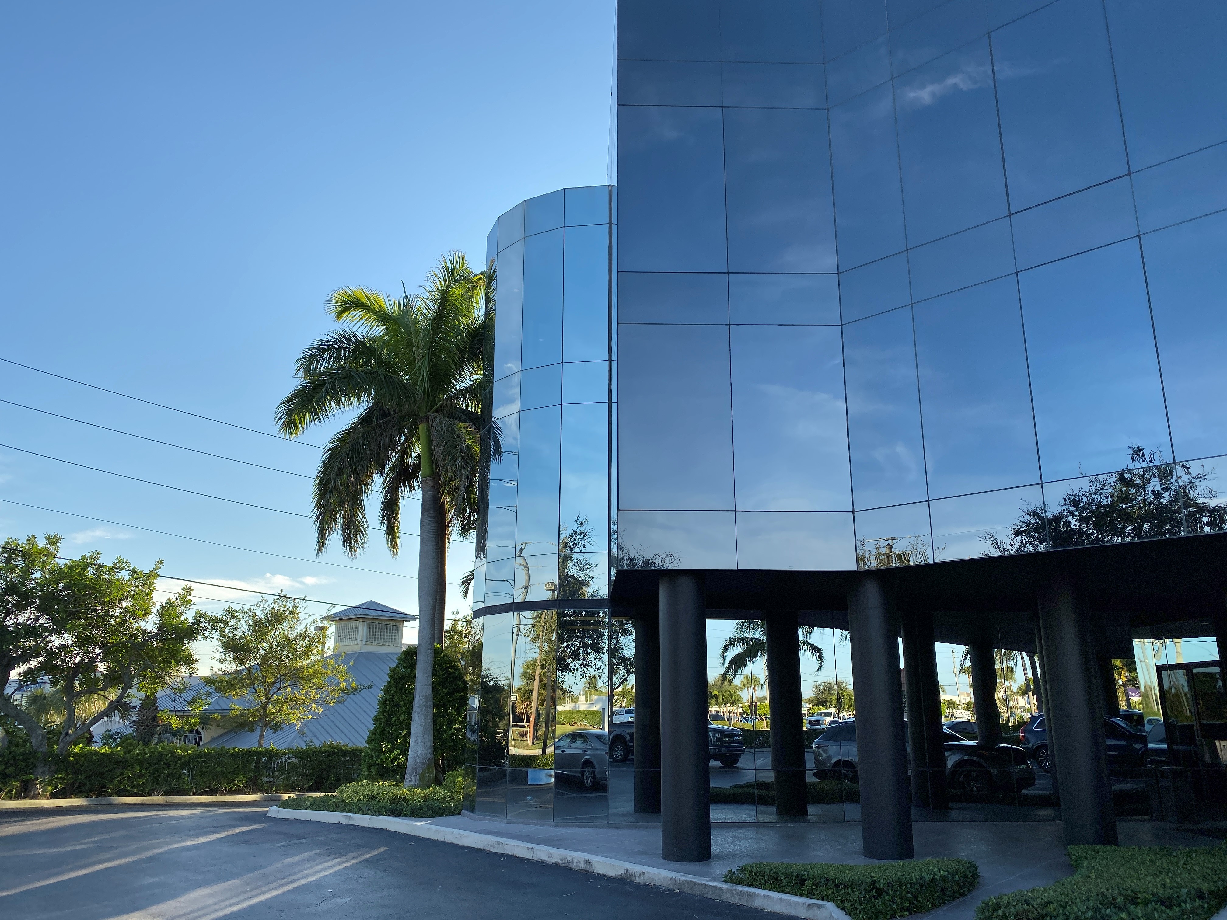 Tequesta Office Building Outside